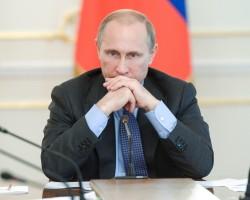 Путин в среду решит судьбу налога с продаж