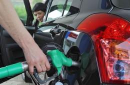 Рынок ощутил дефицит бензина.