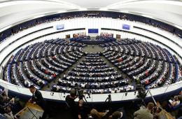 ЕС всерьез грозит отключить Россию от системы SWIFT