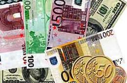 Форекс — Евро растет, но остается рядом с однолетним минимумом