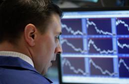 Индекс S&P 500 по итогам понедельника вновь достиг рекорда