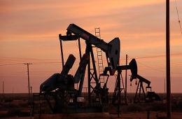 Цены на нефть выросли, но рубль этого не оценил
