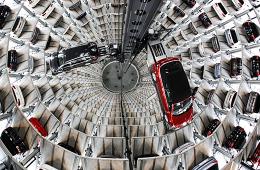 В России начался дефицит автомобилей из-за неустойчивости рубля