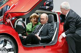 Владимир Путин возмутился тем, что в стране растут цены на бензин