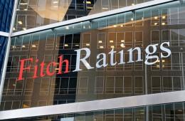 Fitch снова пересмотрит рейтинг России в апреле