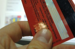 Российских бизнесменов с паспортом США могут лишить банковских карт