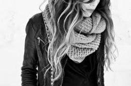 Женские шарфы и шали