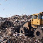 Россиян обяжут платить за вывоз мусора