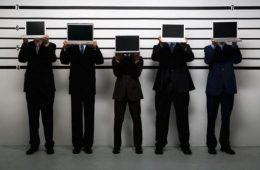 Альфа-Банк предлагает онлайн-переводы с выдачей денег наличными через систему «Лидер»