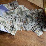 Мошенники предлагают доходность инвестиций в мусор до 300%
