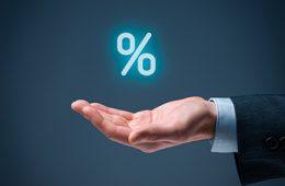 Максимальная ставка топ-10 банков по рублевым вкладам осталась на уровне 8,4%
