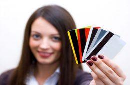 Выдают ли банки кредиты подросткам?