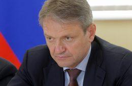 Ткачев назвал укрепление рубля ударом для экономики РФ
