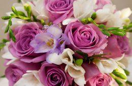 Цветы с доставкой для лучшего подарка имениннику