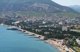 Крым научился жить, игнорируя санкции, заявили власти региона