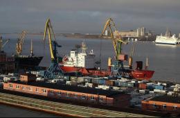 «Евраз» продал Находкинский порт структуре Абрамовича за $354 млн