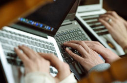 Госдума приняла закон о «зеркалах» пиратских сайтов