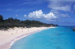Западные страны выбирают Багамы и Бермуды для инвестирования в Россию