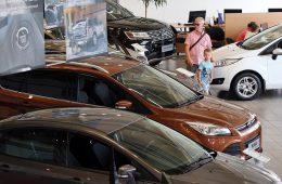 Более 16 тыс. автомобилей продано по новым госпрограммам с июля 2017 года
