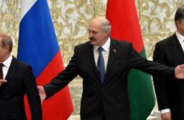 Путин возмутился хитростью Лукашенко