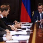 Силуанов: иностранные инвесторы вкладываются в РФ, несмотря на рейтинговые оценки