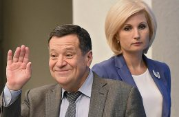 Андрей Макаров предлагает сократить ее предельные сроки до месяца, ФНС против