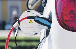 Правительство объявило электромобилизацию