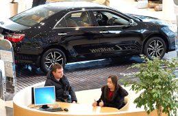 Эксперты назвали средневзвешенную цену новой легковушки в РФ