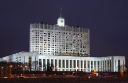 Владимир Путин подписал закон о выплате маткапитала отцам-одиночкам в Крыму