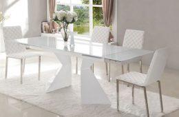 Сколько нужно стульев в гостиную?