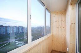 Компании с выгодными ценам на остекление балконов