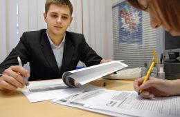 Исследование: сотрудники МФО «помолодели» и стали более образованными
