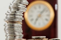 На грани риска: из-за чего курс биткоина рухнул ниже $7000