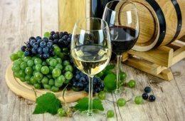 Минфин может изменить цены на водку, коньяк и шампанское