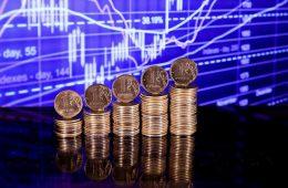 Экономисты назвали дату перелома в ситуации с рублем