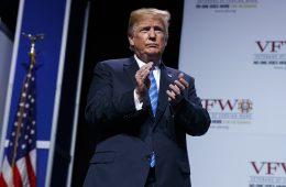 Трамп считает, что Евросоюз и Китай готовы принять условия США по торговым пошлинам