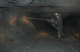 Стало известно о снижении добычи чукотского золота из-за исчерпания запасов