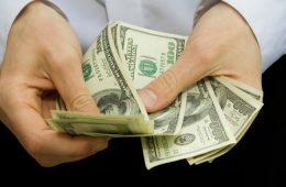 Экономисты определили момент для более выгодной покупки валюты