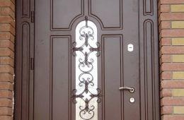 Входные двери готовые и на заказ