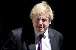 Джонсон назвал абсурдным намерение Лондона собирать таможенные пошлины от имени ЕС