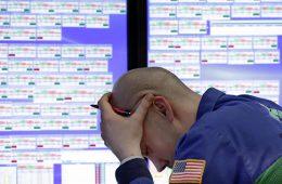 «Черный октябрь»: обвал на фондовых рынках cтанет началом нового кризиса