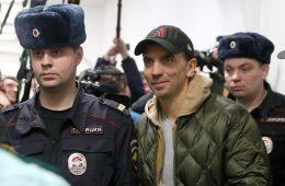 Медведев прокомментировал арест экс-министра Абызова