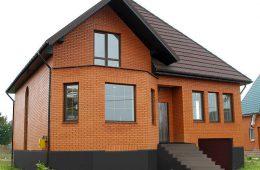 Как построить дом из кирпича и блоков?