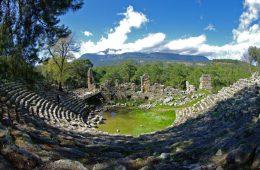 Старинный город Фазелис в Турции