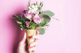 Доставка цветов в Харькове: лучший подарок с любовью