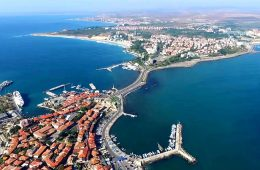 Недвижимость в Болгарии: 3 «за» и 2 «против»