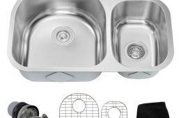 Сантехника: кухонные мойки