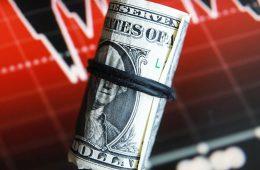 Расчетный караул: доллар потерял четверть в торговле РФ и БРИКС