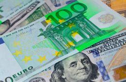 Курсы доллара и евро будут зависеть от событий четверга