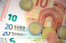 К 2023 году средний размер пенсии в России составит 19 300 рублей